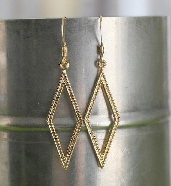 Elegant Chic Diamond Shape Dangle Gold Tone Earrings