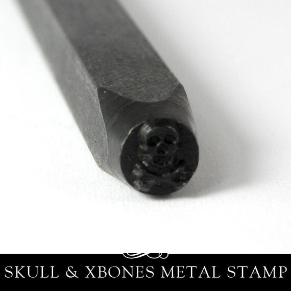 Skull and Crossbones Design Metal Stamp for Copper and Brass Stamping. Annie Howes. PUN-203.01