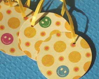Smiles - Round Gift Tags