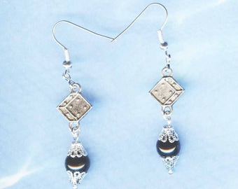 Roll the Dice Handcrafted Dice Earrings Er-Gn001