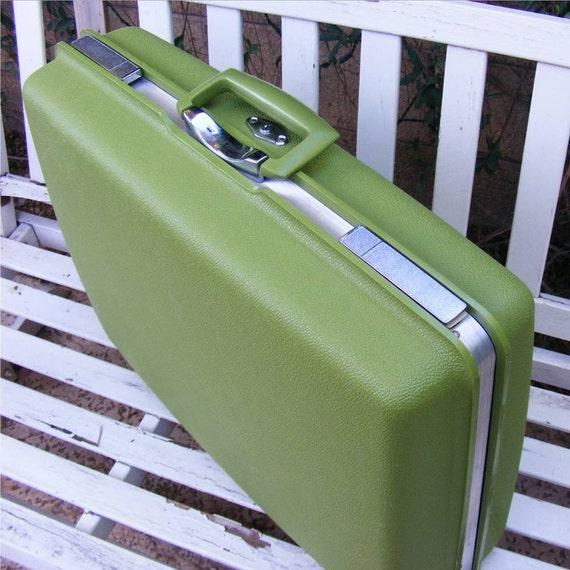 Vintage Luggage, Lime Green, Royal Traveler, Suitcase, Key, International Shipping