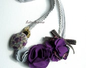 Blossoms on your collar - upcycled necklace