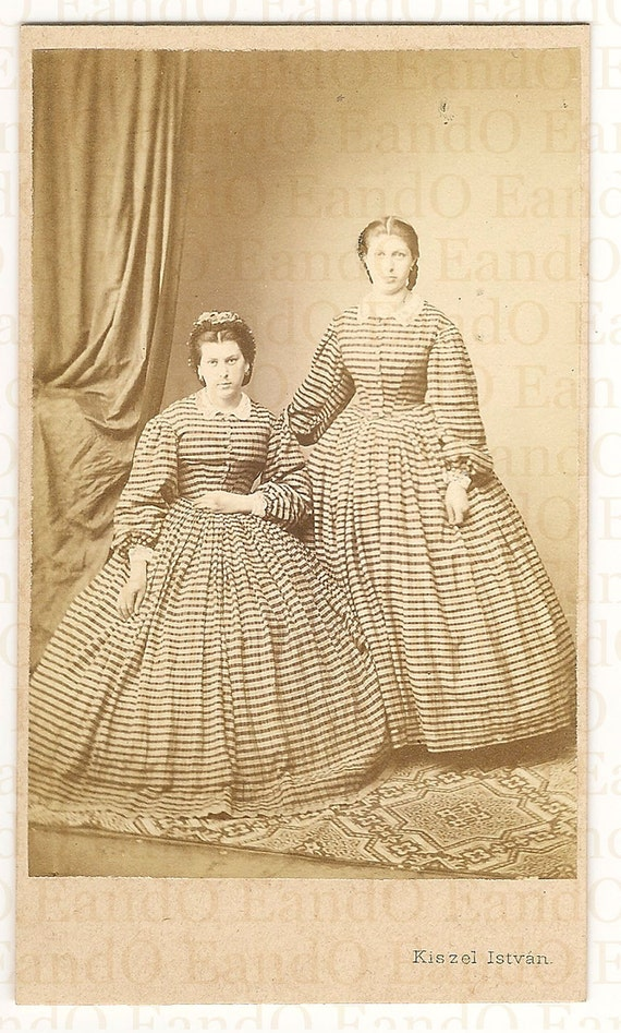 Unique Antique Hungarian Romanian CDV Carte De Visite Portrait of Sisters in Identical Dress 1860s