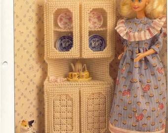 Fashion Doll Corner Cabinet  -- plastic canvas pattern
