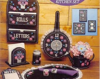 Pink Carnations Kitchen Set -    plastic canvas book