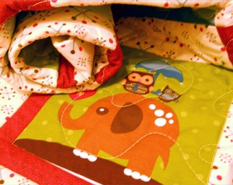 Hooty Hoot crib quilt for Baby nursery bedding - Toddler blanket - Owl, elephant, kangaroo - animals - baby shower gift - gender neutral