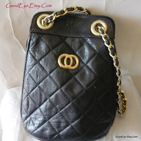 Vintage Quilted Leather Logo Purse 80s Crossbody Black Bucket Shoulder Bag Small