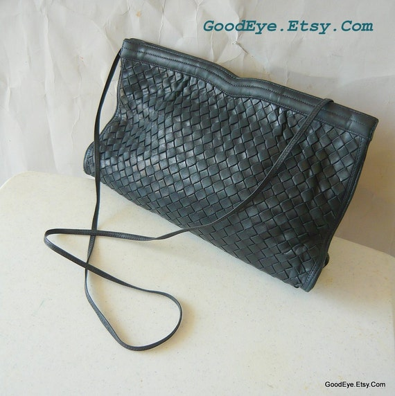 Vintage Woven Leather Shoulder Bag Crossbody MOSKOWITZ Clutch 1980s Dark Blue Purse
