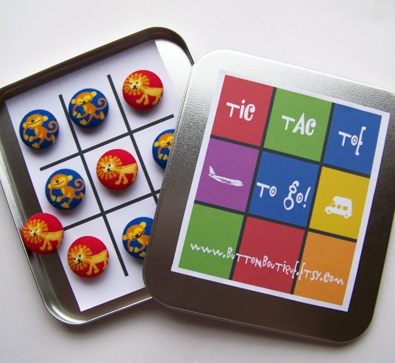 NEW  Tic Tac Toe to Go Magnetic Button Travel Game   Introductory Price