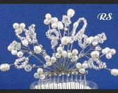 Gorgeous White Fresh Water Pearls Comb....
