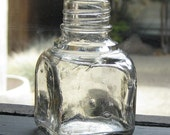 Antique Ink Well  (Clear364)