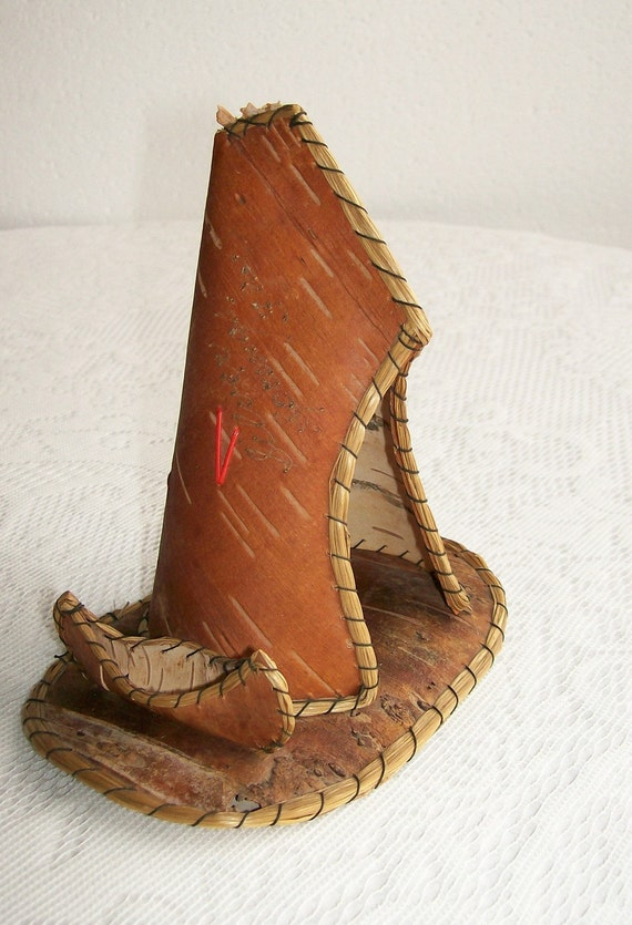 Vintage Souvenir Birch Bark Canoe Tipi Cabin Home Decor