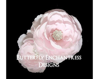 2 Rhinestone English Rose Flower Hair Clips in Pale Pink