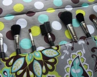 Makeup brush roll, Crochet hook organizer , paintbrush roll , Bohemian