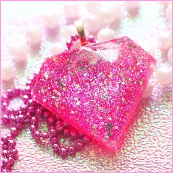 Bling Bling - Faux Diamond Resin Necklace (pink)