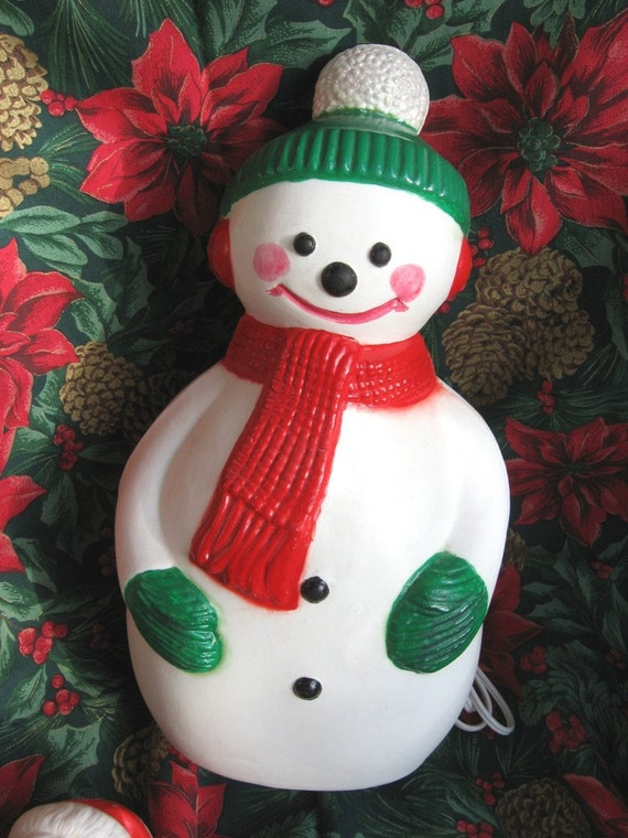 vintage blow mold illuminated snowman christmas decoration. Black Bedroom Furniture Sets. Home Design Ideas