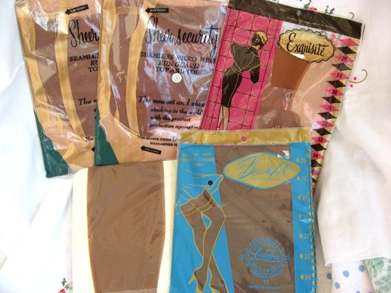 Vintage Seamless Mesh Stockings Size 11 - 5 Pairs 35 length NIP