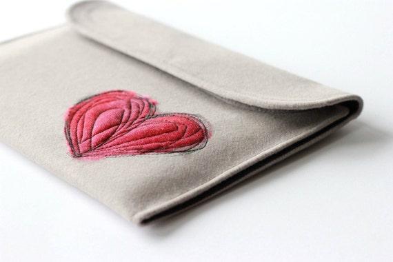 Heart iPad Sleeve