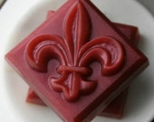 Red Currant and Thyme Tea - Olive Oil Fleur de Lis Soap