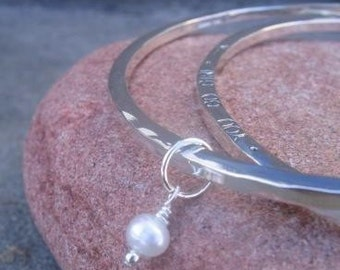 Personalized Stamped Bangle . sterling silver with a stone/pearl charm . personalize with poem, quote, phrase, or names . mothers bangle