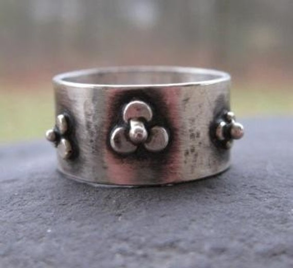 Distressed Sterling Silver Wildflower Band . Reduced Price .  READY TO SHIP in size 7 1/4