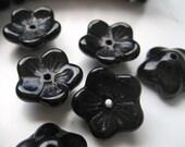5mm x 12mm Black Glass Flowers