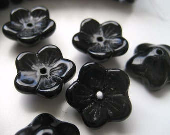 5mm x 12mm Black Glass Flowers