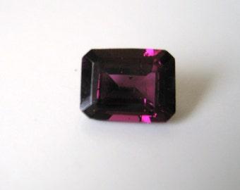Rhodolite Garnet - Princess-Cut,  2.95 cts - SALE - 6x8 (X105)