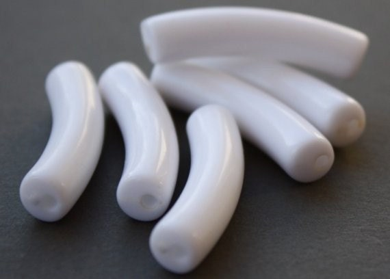 40 Vintage Lucite White Noodle Beads K11 Going out of business sale Use coupon code 50OFF at checkout for a discount