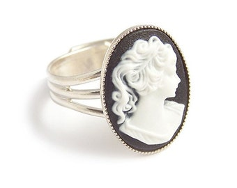 Cameo ring Victorian gothic black and white adjustable ring