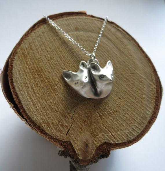 Little fox lovers neckpiece in Sterling Silver. Lover's layering Necklace. Sterling Silver statement Necklace. Fox Necklace.