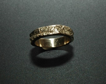 14 K Gold Wedding Ring: Natural, Woodland, Rose Leaf Texture