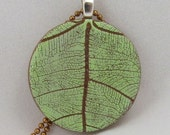 Leaf Pendant. Polymer Clay Leaf Pendant.. Printed leaf charm. Leaf Necklace.  Nature green pendant.
