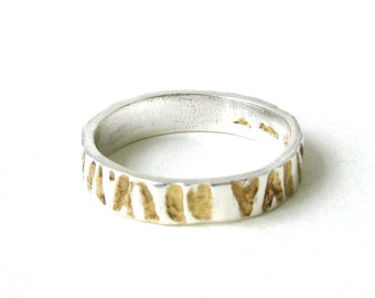 Thin Zebra Print Ring With Gold Detail.