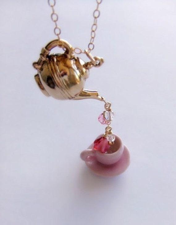 ROSE BUD TEA necklace