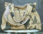 Tobacco Black Bird Market Bag, 3 pockets, Key Fob, Magnetic Snap