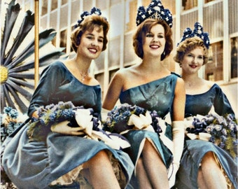 3 Beauty Queens Ride Float in NYC Parade Vintage Photo Greeting Card