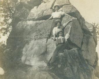Women Climb Rocks at Collingwood Caves Toronto Ontario canada