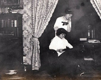 vintage photo Girls in Parlor Look at Book TOgether