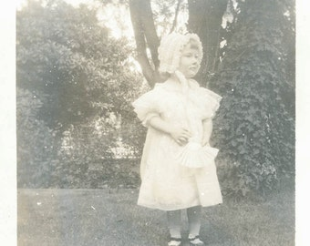 vintage photo 2 photos little Lillie summer holding fan