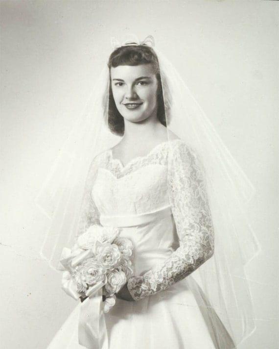Beauty Bride Wedding Gown vintage photo