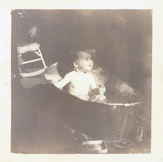 vintage photo baby gets bath in metal tub. Black Bedroom Furniture Sets. Home Design Ideas