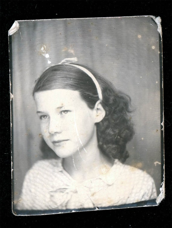 vintage photo Simple Sweet Wanda Harry w Ribbon in her Hair photo booth