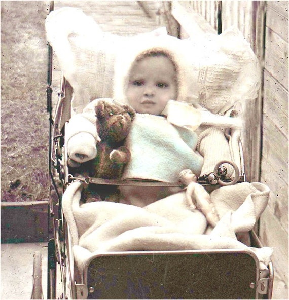 Greeting CArd Baby and Teddy Bear Vintage photo