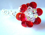 Pretty swarovski ring in flower shape in red and white