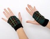 Green Fingerless Gloves - Green plaid fingerless gloves - green and black tartan