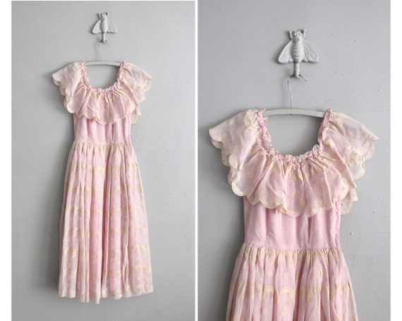 1940s vintage blushed thistle peasant ruffle dress