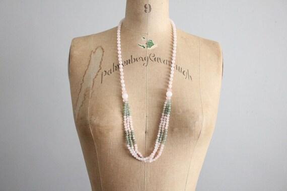 1960s vintage rose quartz & jadiete bead necklace
