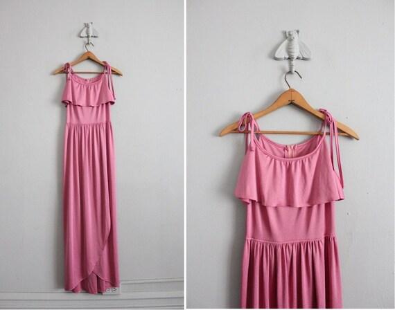 final sale / 1970s vintage pink jersey maxi dress