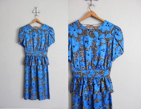final sale item / vintage silk floral peplum dress
